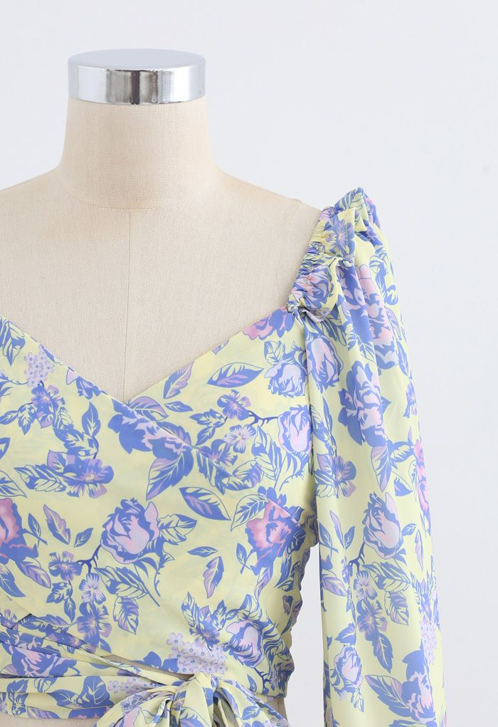 Puff Sleeves Floral Shirred Wrapped Crop Top