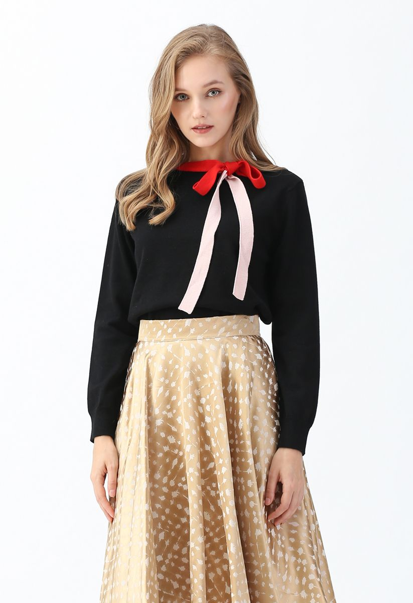 Color Blocked Bowknot Knit Sweater in Black