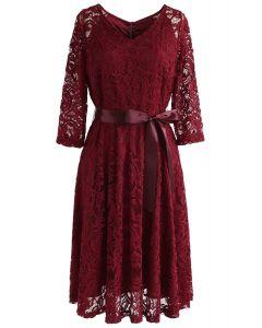 Robe en dentelle Reminisce Autumn à col en rouge