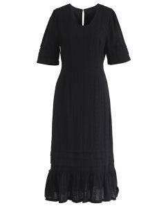 Ne peut pas obtenir assez de robe brodée en noir